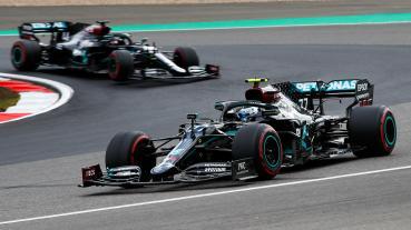 Mercedes車隊為兩部賽車更換動力單元電子控制組件