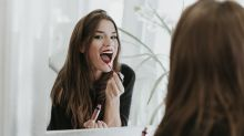 'Tiktokers' confían en este lápiz labial de larga duración para estar bella al instante