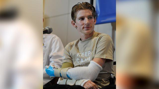 Wounded warrior gets double-arm transplant