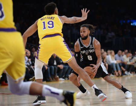 4cbb99820 NBA roundup  Spurs  OT victory keeps Lakers winless