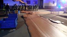 Insólito accidente: una tonelada de chocolate inundó una calle en Alemania