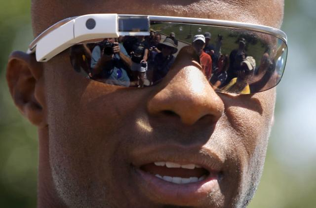One Google Glass follow-up reportedly ditches the screen