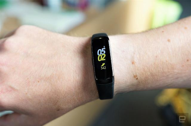Samsung's Galaxy Fit is 50 percent off at Best Buy