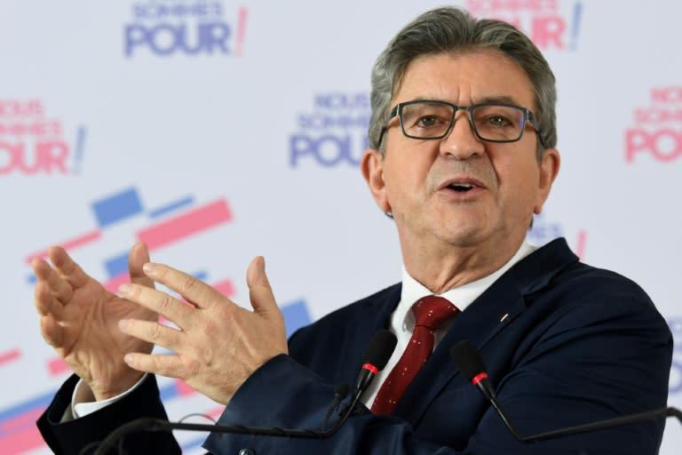 """Pour Mélenchon, la condamnation de Sarkozy """"accroît le malaise politique du pays"""""""