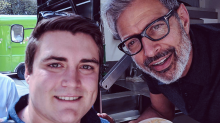 Jeff Goldblum hands out free sausages in Sydney