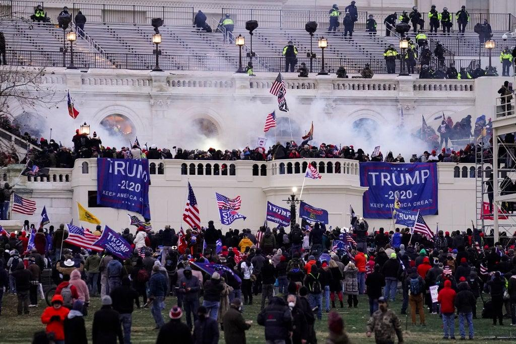 100 more people to be charged over Capitol riots, federal prosecutors warn
