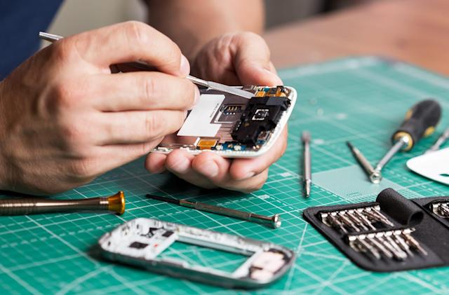 EU plans to introduce sweeping 'right to repair' legislation for electronics
