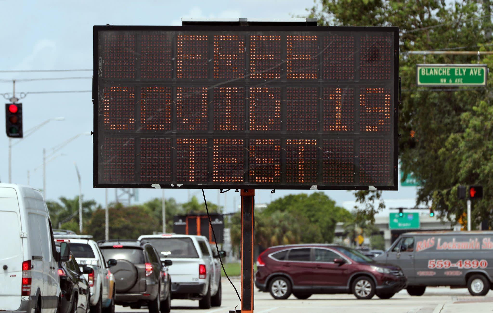 Broward schools memo tells employees not to reveal COVID-19 status
