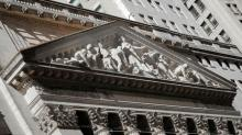 Wall Street drops on Italy, Saudi Arabia worry