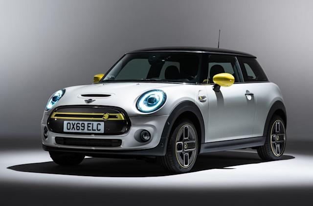The first all-electric Mini you can buy arrives in March 2020