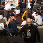 Thousands protest in Berlin against virus measures