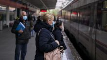 Coronavirus: EU warns of chaos if restrictions are lifted too soon