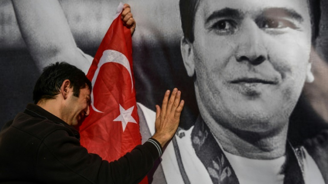 Turkish Olympic weightlifter Suleymanoglu mourned