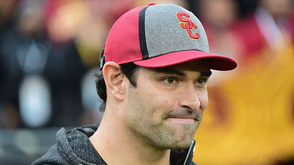 NFL free agency: Mark Sanchez will sign with Bears, report says