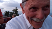 Adorable grandpa accidentally films himself instead of proposal
