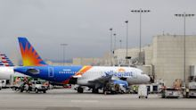 Allegiant Airlines Tumbles After Cutting Forecast on Fuel Costs