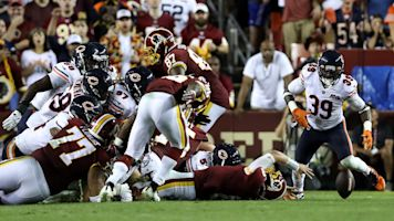 Bears defense creates awful night for Redskins