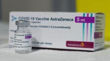 """AstraZeneca, Oms: """"Rapporto benefici-rischi più alto in anziani"""""""