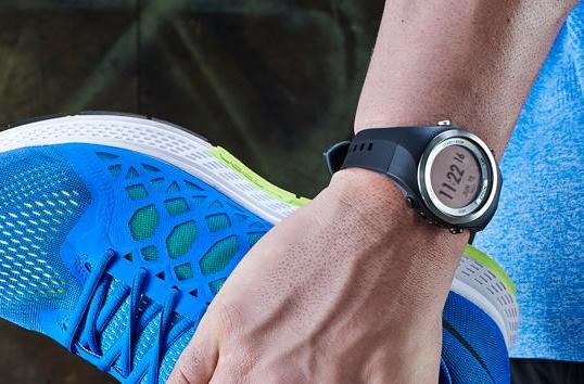 Epson dives into fitness wearables with heart and run trackers