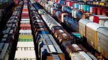 Canadian Pacific quarterly profit beats estimates on lower costs