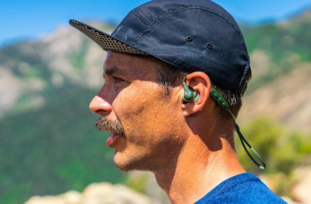 Jaybird's X4 sport earbuds are redesigned and waterproof