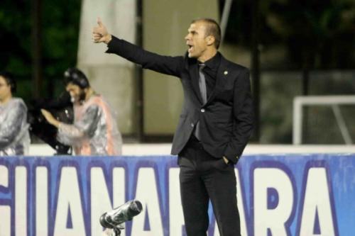 Milton valoriza vitória 'magra': 'Dá tranquilidade para último jogo'