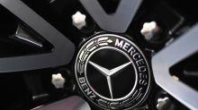 Daimler Profit Forecast, Renault Orders Signal Auto Revival