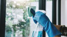 Fensterputzen: Diese Hausmittel verschaffen den perfekten Durchblick