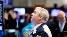 Wall Street cierra mixto, casi sin cambios, tras un lunes de récords