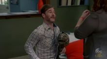 James Van Der Beek showed up on 'Modern Family' as somebody's baby daddy
