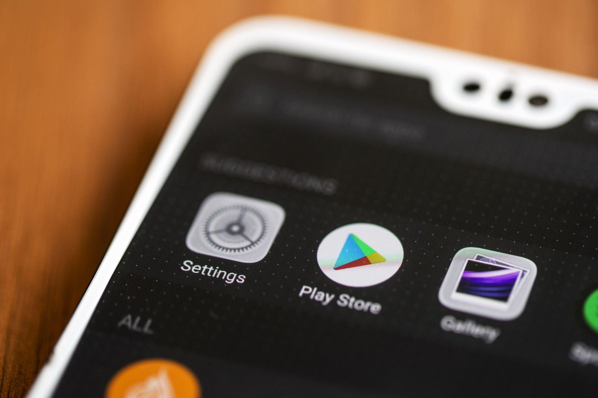 Google to Slash Fee It Takes From App Subscriptions in Half
