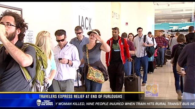 Travelers express relief at end of furloughs