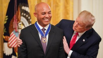 Trump awards Yankees great Mariano Rivera
