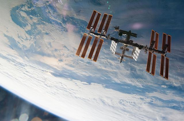 Virgin Galactic signs NASA deal to take private citizens to the ISS