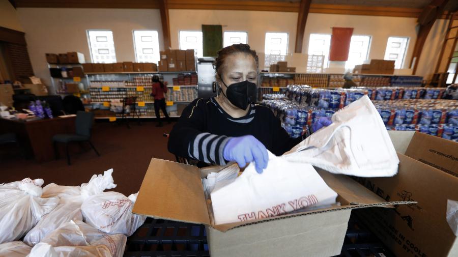 Middle of U.S. braces for coronavirus onslaught