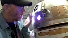 Ron Howard has a little droid trouble on the set of the Han Solo movie