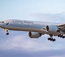 Cathay Pacific tells aircrew to get COVID vaccine or risk losing job