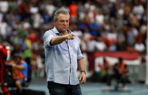 Abel, sobre gesto do árbitro da final: 'Parkinson ele não tem. Não posso explicar'