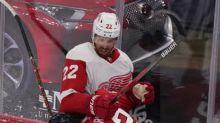 Blackhawks lose 2 players to NHL's COVID-19 protocol list