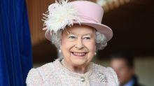 Mit diesem ungewöhnlichen Ritual startet Queen Elizabeth II. in den Tag