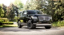 '2 Dudes' take the new Lincoln Navigator for a huge ride