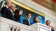 El presidente de Telefónica da el toque de campana en la Bolsa de Nueva York