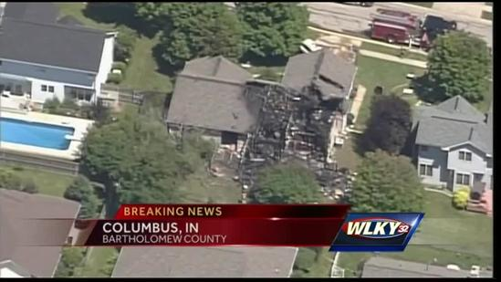 Single-engine plane hits home in Columbus, Ind.