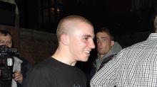 Rocco Ritchie, el hijo de Madonna, se hace skinhead