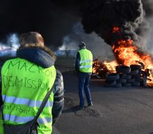 Egypt curbs sale of yellow vests: traders
