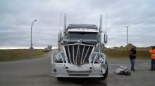 'People are afraid to drive on our highways': Ottawa asked to regulate truck-driver training