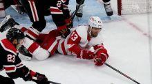 Kane scores 400th goal as Blackhawks beat Red Wings 7-2
