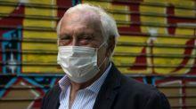 """Coronavirus : """"Il y a une perte des mesures barrières"""", alerte le président du Conseil scientifique, évoquant """"un risque de deuxième vague non négligeable"""""""