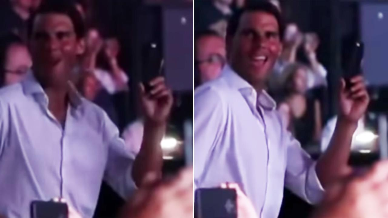 Rafael Nadals Sexy Dance Moves At Shakira Concert In Toronto-2221
