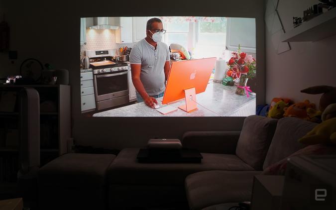 JMGO O1 ultra-short throw LED projector